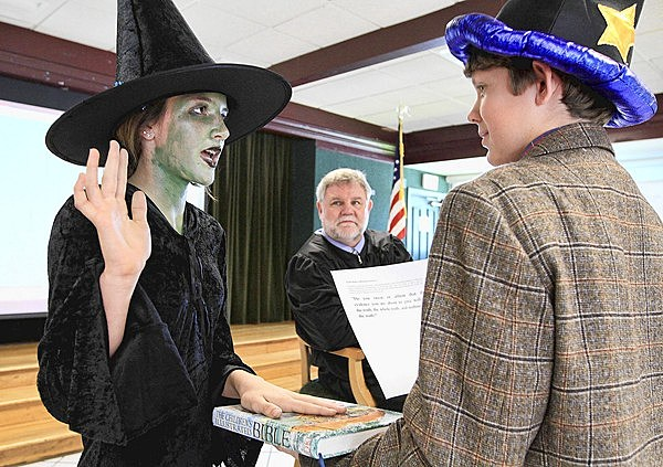 "Wicked Witch testifying at her ""trial"" in Fort Lauderdale,Florida"