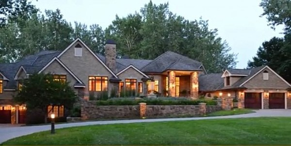 Most expensive homes in south dakota minnesota iowa for South dakota home builders