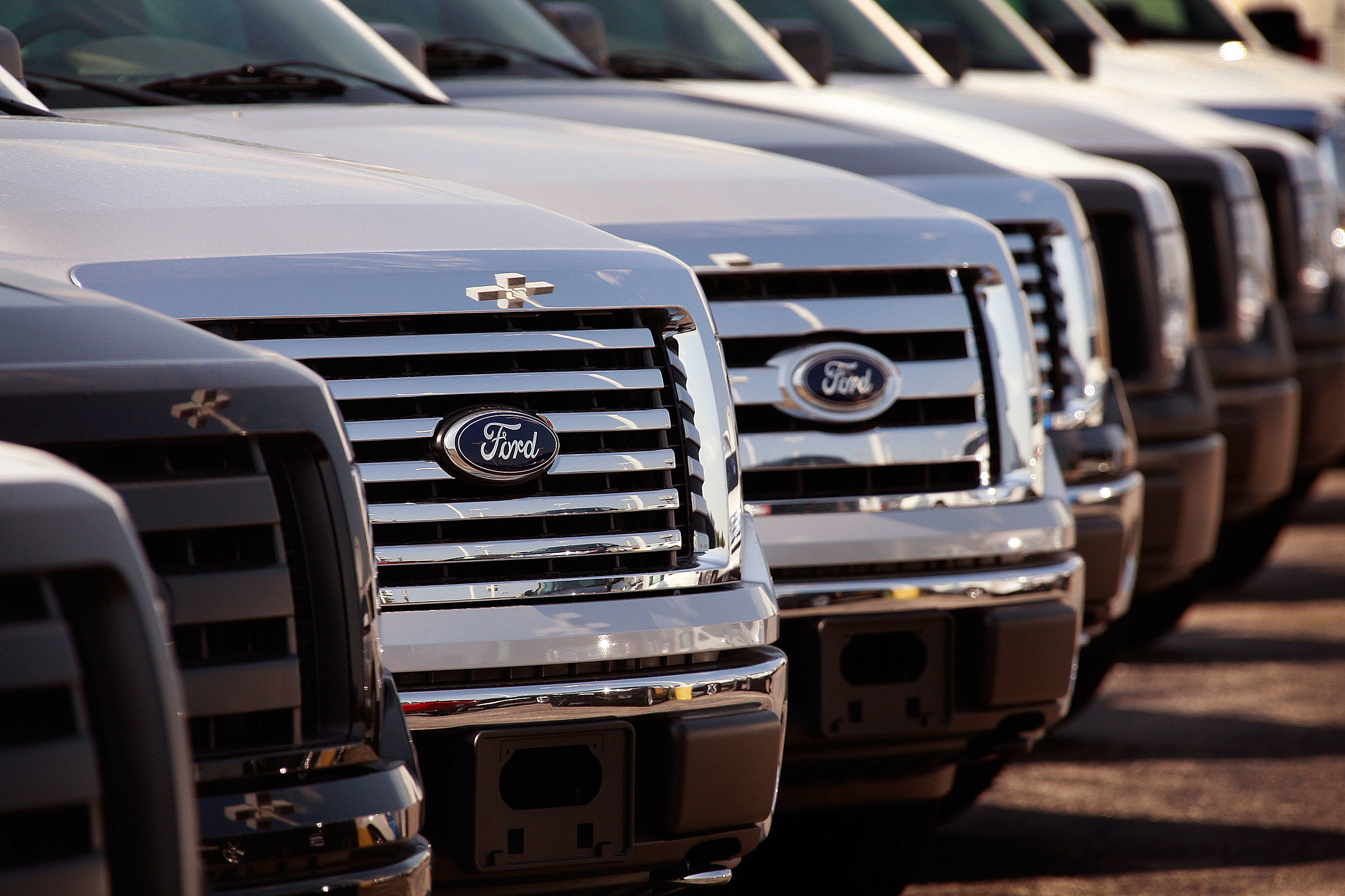 """Cash For Clunkers"" Helps Ford Lift Sales For First Time In Two Years"