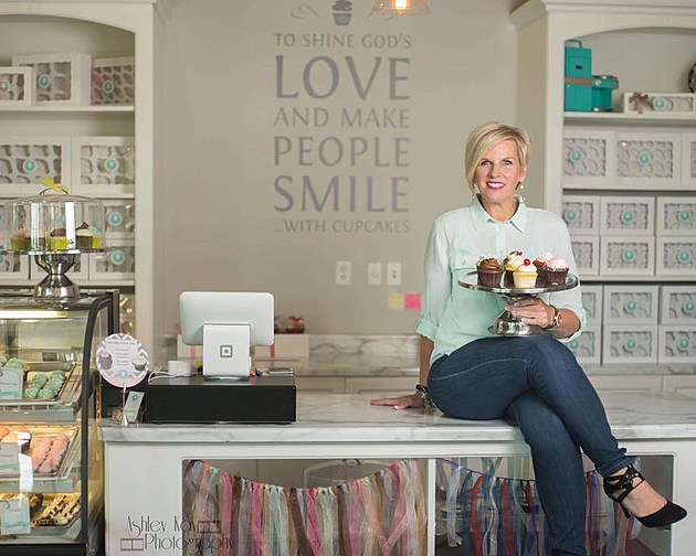 Melissa Johnson at Oh My Cupcakes